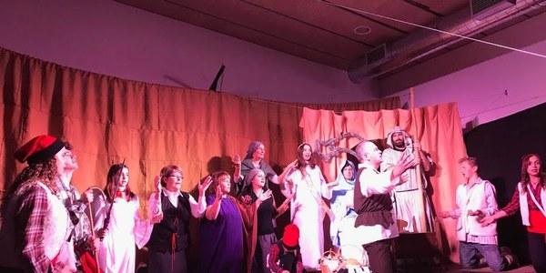 Imatge d'arxiu de l'escenari al Local Social de Massoteres.